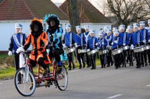 Sinterklaas Froubuurt 2015 (4)
